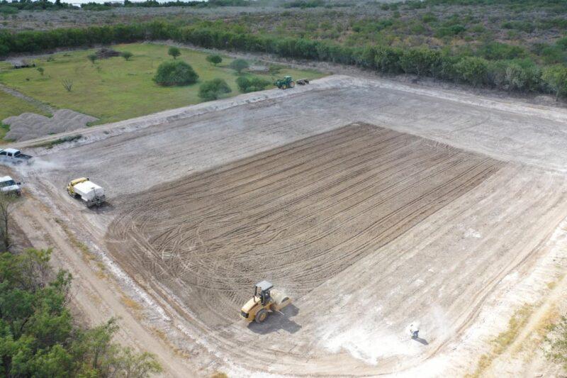 Sealing a pond with Bentonite blanked method