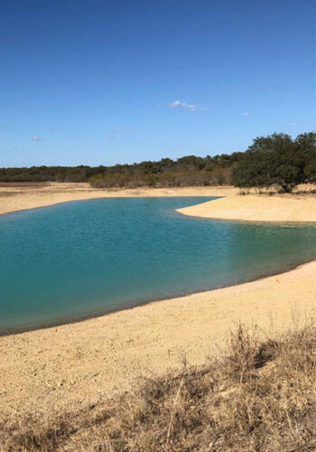 blue-farm-pond-lonestar