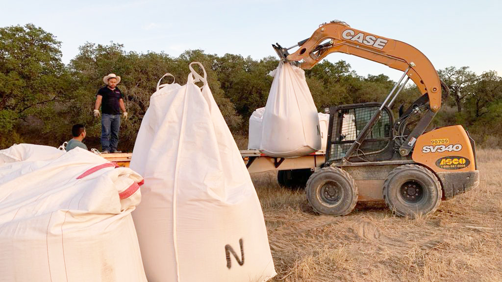sdoium bentonite super sacks 3000lbs